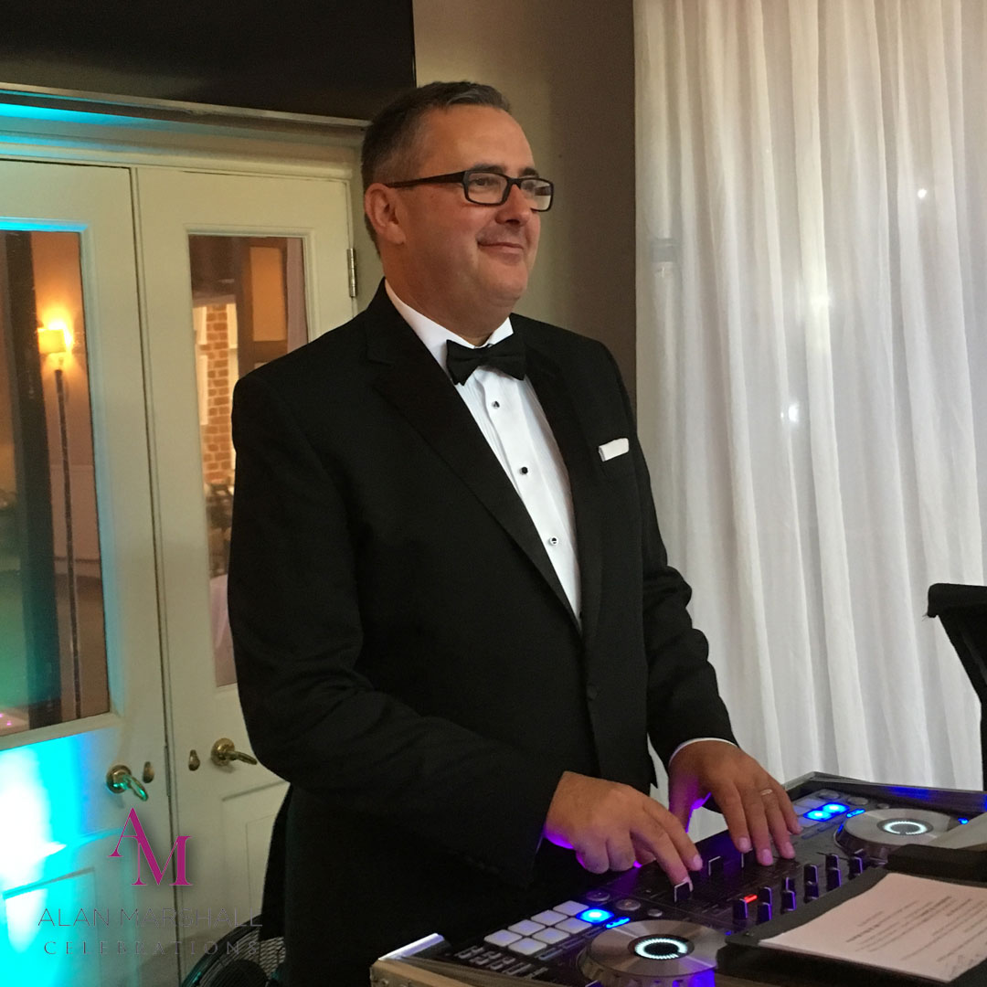 Why Your Wedding DJ Should Be Your Friend