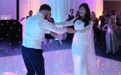 Adam-and-Ashley-Haskins-First-Dance-Warbrook-House